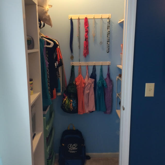 Clothes | Professional Organizer Lisa Woodruff shares 5 easy ways to organize a girl's bedroom.